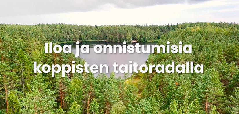 Järvi ja metsää sekä teksti: Iloa ja onnistumista koppisten taitoradalla.